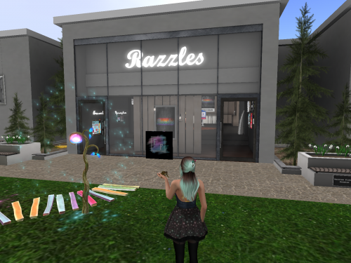 Fabulous fashion and fishing at Razzles Mainstore